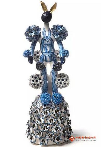 精美雕塑:顽皮的陶瓷塑像王国