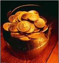 美元与美股双双受挫 黄金起伏不定寻方向