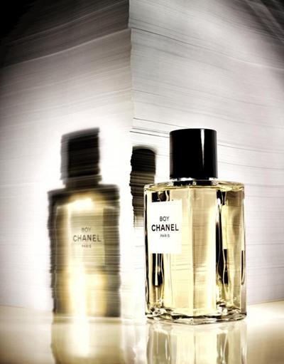 香奈儿推出全新精品系列Boy Chanel香水
