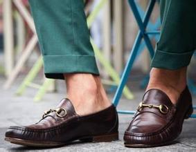 学一手 正确穿鞋和袜子能避免一些疾病