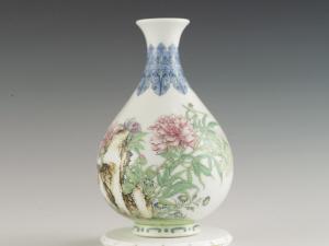 珐琅彩玉壶春瓶是曾经的御用瓷器