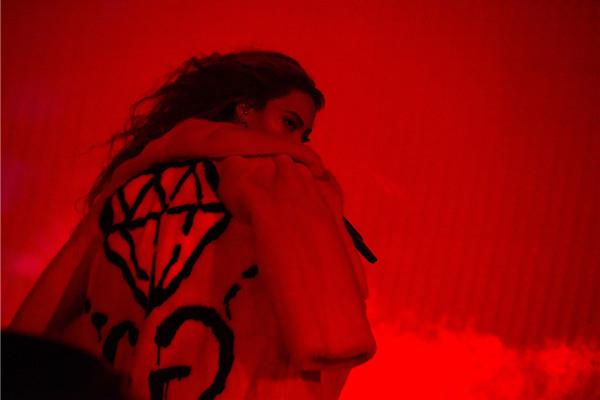 Gucci(古奇)为碧昂斯打造巡演专属演出服