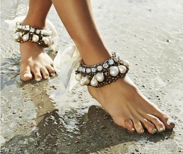 夏日海边扮靓神器 时髦脚链怎能缺席