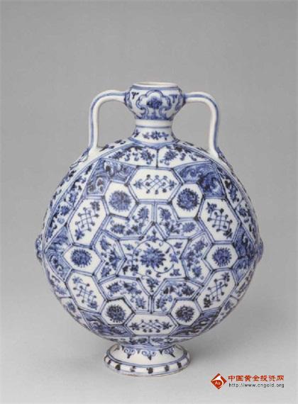 繁复的美丽:大明青花瓷上的绘画故事