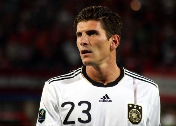 欧洲杯靠G神!德国大杀器 历史第2仅仰望1人