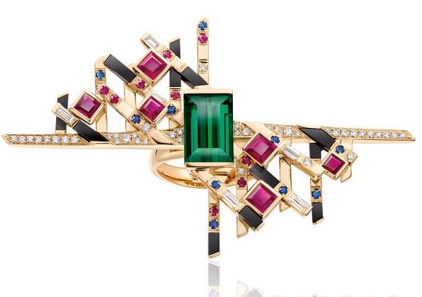 周大福发布抽象艺术珠宝 几何美学设计让人眼前一亮