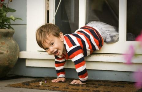 暑假儿童意外伤害高发期 必备意外保险应急