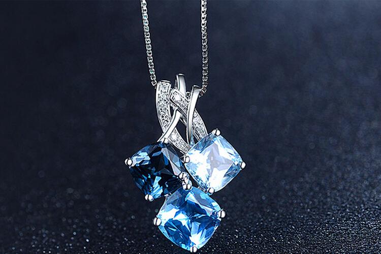 ENZO珠宝白18K金蓝色托帕石吊坠_珠宝图片
