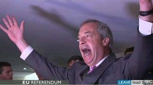 英国脱欧结果已成定局 首相卡梅伦被要求辞职
