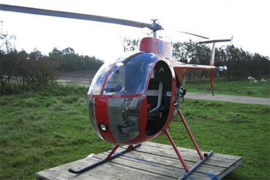 迷你500:装备Rotax 582引擎的单座私人直升机
