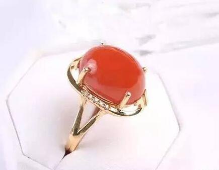 成就美丽南红玛瑙戒指的五种镶嵌工艺