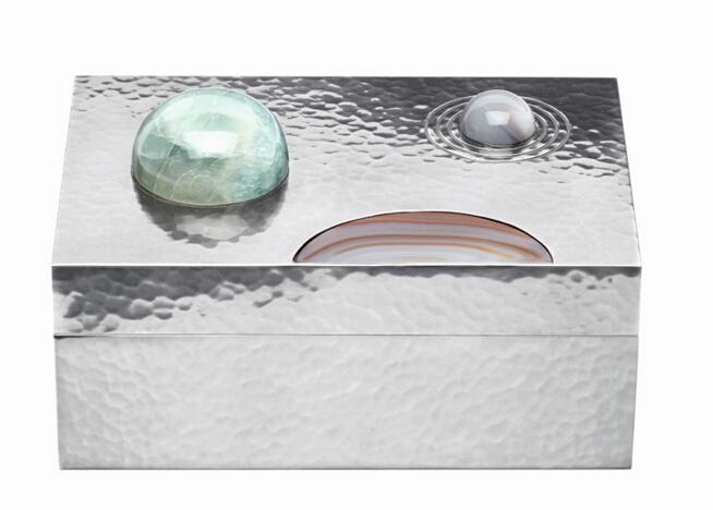 Bottega Veneta推出半宝石镶嵌纯银储物盒