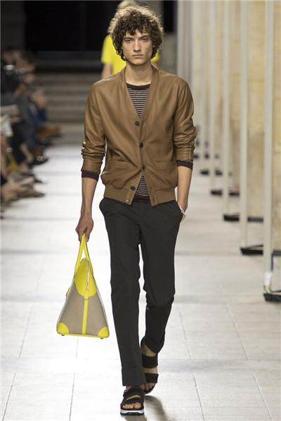 Hermes于巴黎时装周发布2017春夏男装系列