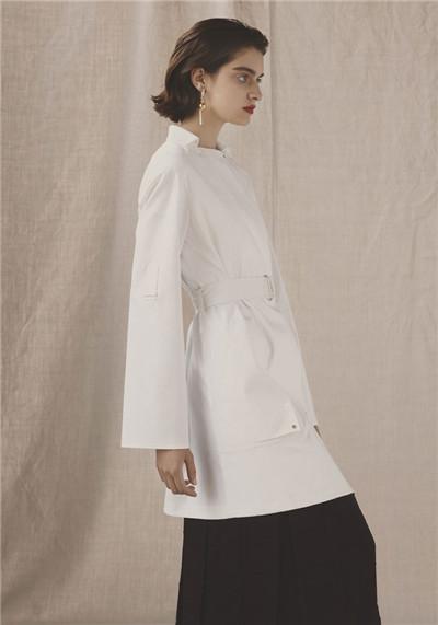 Hermes(爱马仕)释出2017早春度假系列时尚型录