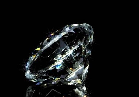 科学家获得尺寸1微米人工钻石 与天然钻石无差