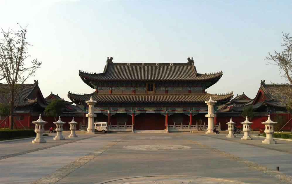 北京格格府叫价1.4亿 十七格格金默玉是谁?