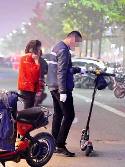 杭州网友爆料:倒霉到家!骑滑板车被开罚单