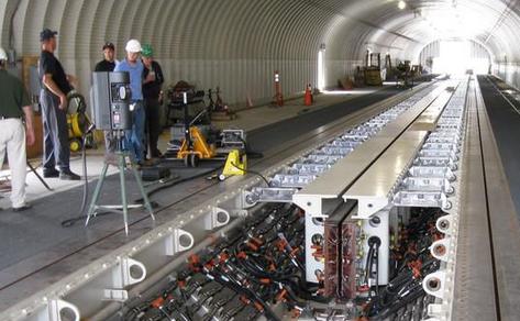 电磁轨道炮视频_俄电磁轨道炮测试 它能使物体达到第一宇宙速度