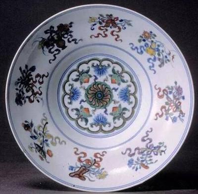 雕刻中的中国传统暗八仙纹饰收藏鉴赏