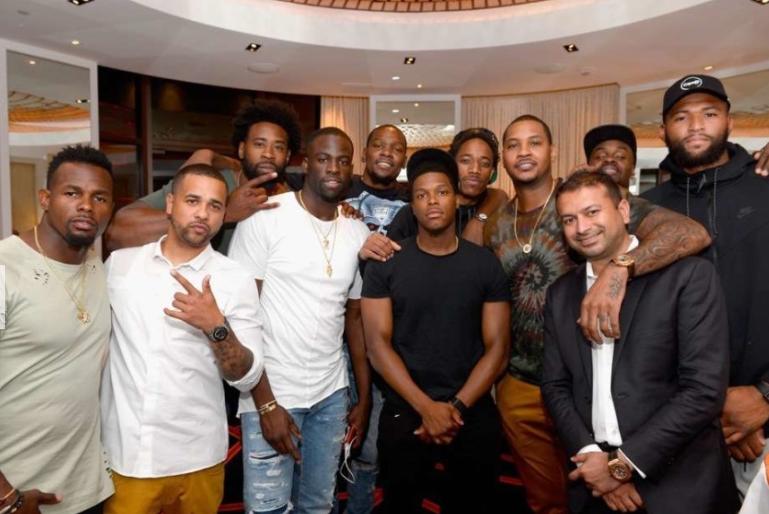 新一届的美国男篮集结拉斯维加斯 KD、格林等均出席晚宴
