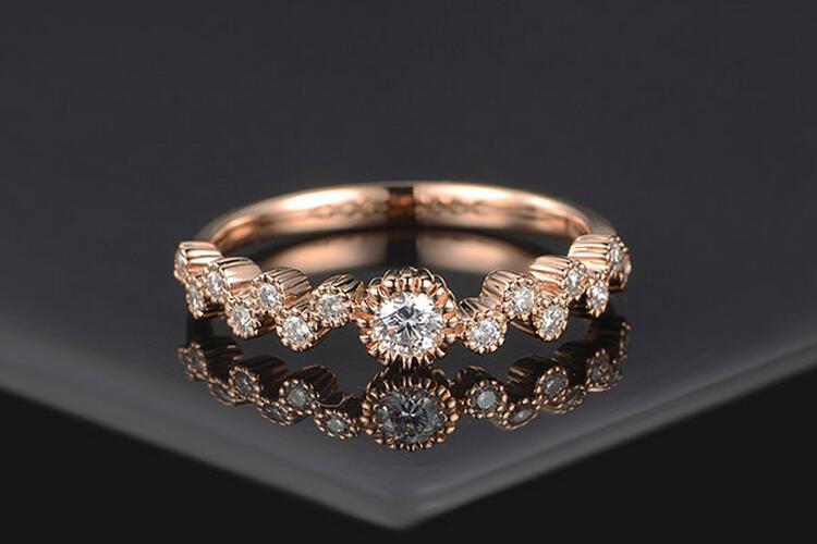 ENZO珠宝18K玫瑰金钻石戒指_珠宝图片