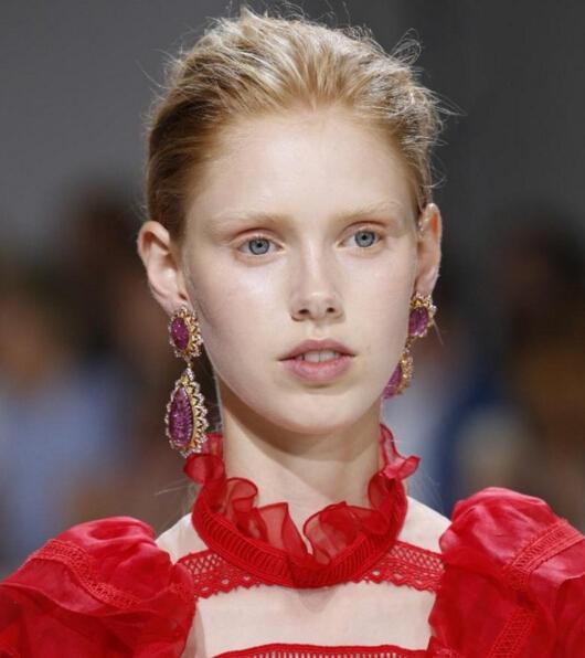 高定秀上的Buccellati系列高级珠宝 顶级奢华的合二为一