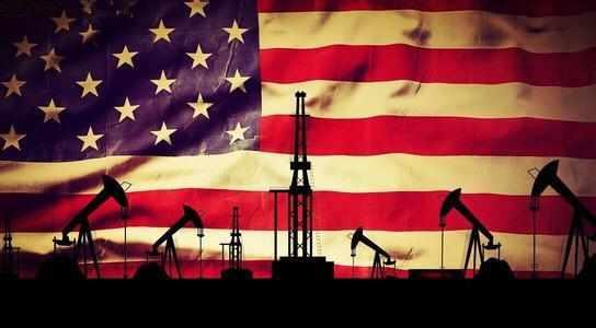 原油库存过剩持续发酵 美原油本周重挫5%