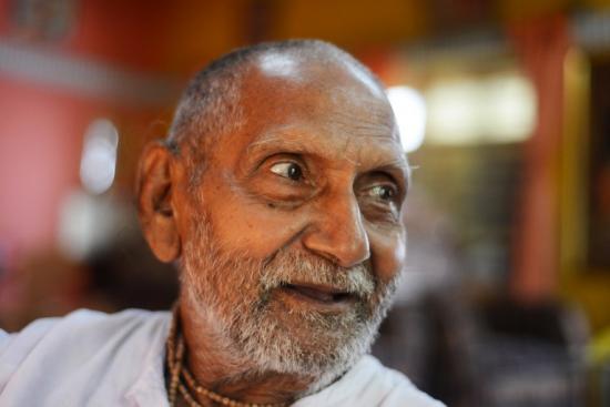 印度一位120岁最长寿老人 不近女色每天做瑜伽
