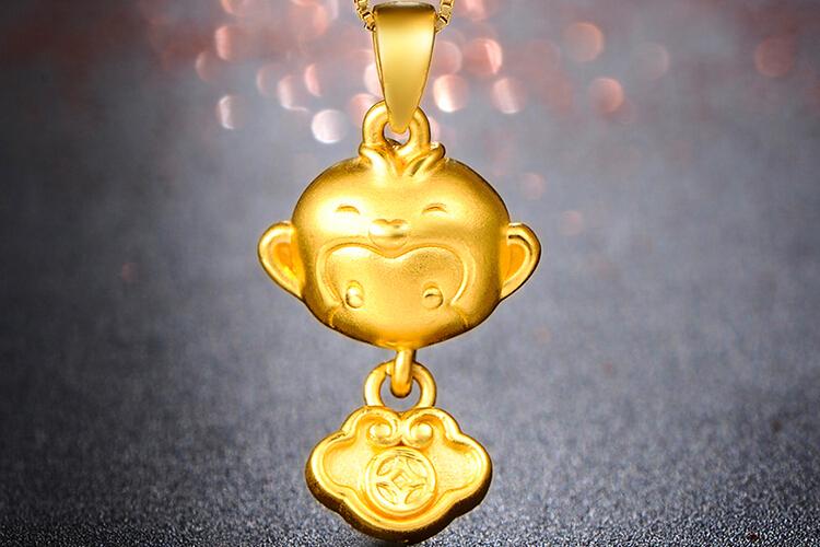 周六福珠宝3D硬金生肖猴年福袋金吊坠_珠宝图片