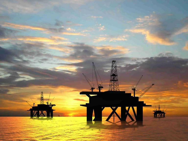 油价两连涨:环保税法来了 为了环保 油价太低了
