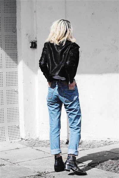 早秋服装流行趋势示范 基础牛仔裤轻松穿出多种风格
