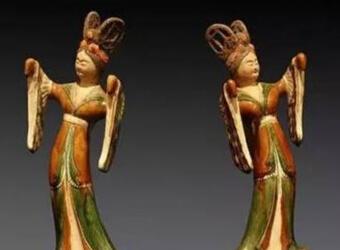 唐三彩古代三彩与现代复制品有什么区别特征?