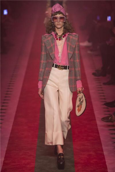 Gucci(古奇)于米兰时装周发布201奇7春夏系列
