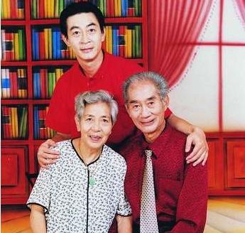 六小龄童母亲去世享年94岁 六小龄童母亲去世网友留言安慰