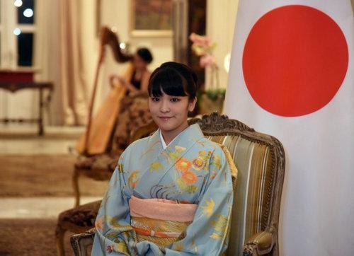 日本真子公主将订婚 系天皇孙女的首个婚约