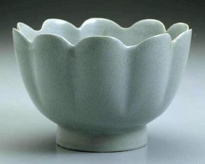 汝窑的特征是什么_汝窑的釉色_如何鉴别汝窑瓷器_汝窑茶具怎么保养?