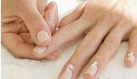 指甲受伤怎么办?指甲受伤急救措施有哪些?