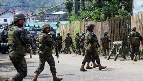 菲恐怖分子推娃娃兵上阵 政府表示如迫不得将已开枪射杀娃娃兵