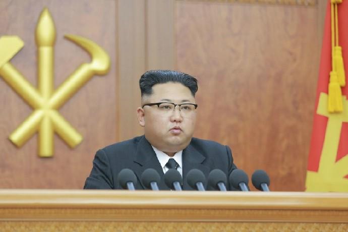 朝鲜低调开启阅兵 白银期货短线上扬难改跌势