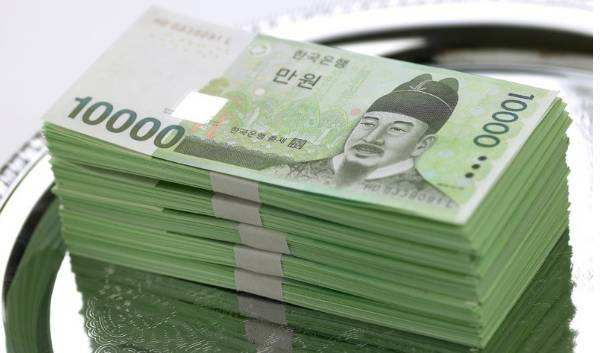 130万韩元_中美贸易战愈发白热化 韩元可能无奈\