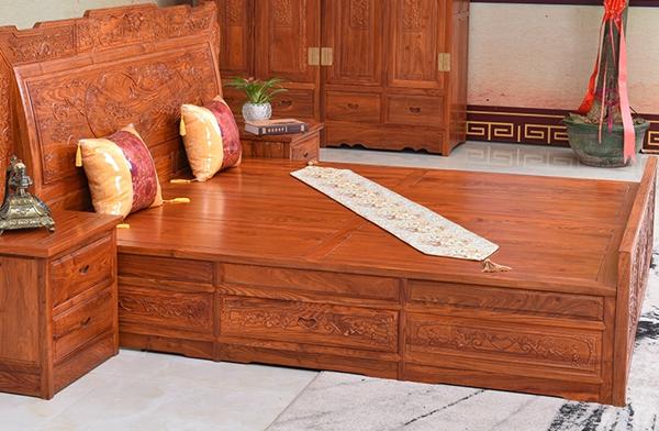 """""""金乾贯章红木""""红木家具的价格"""