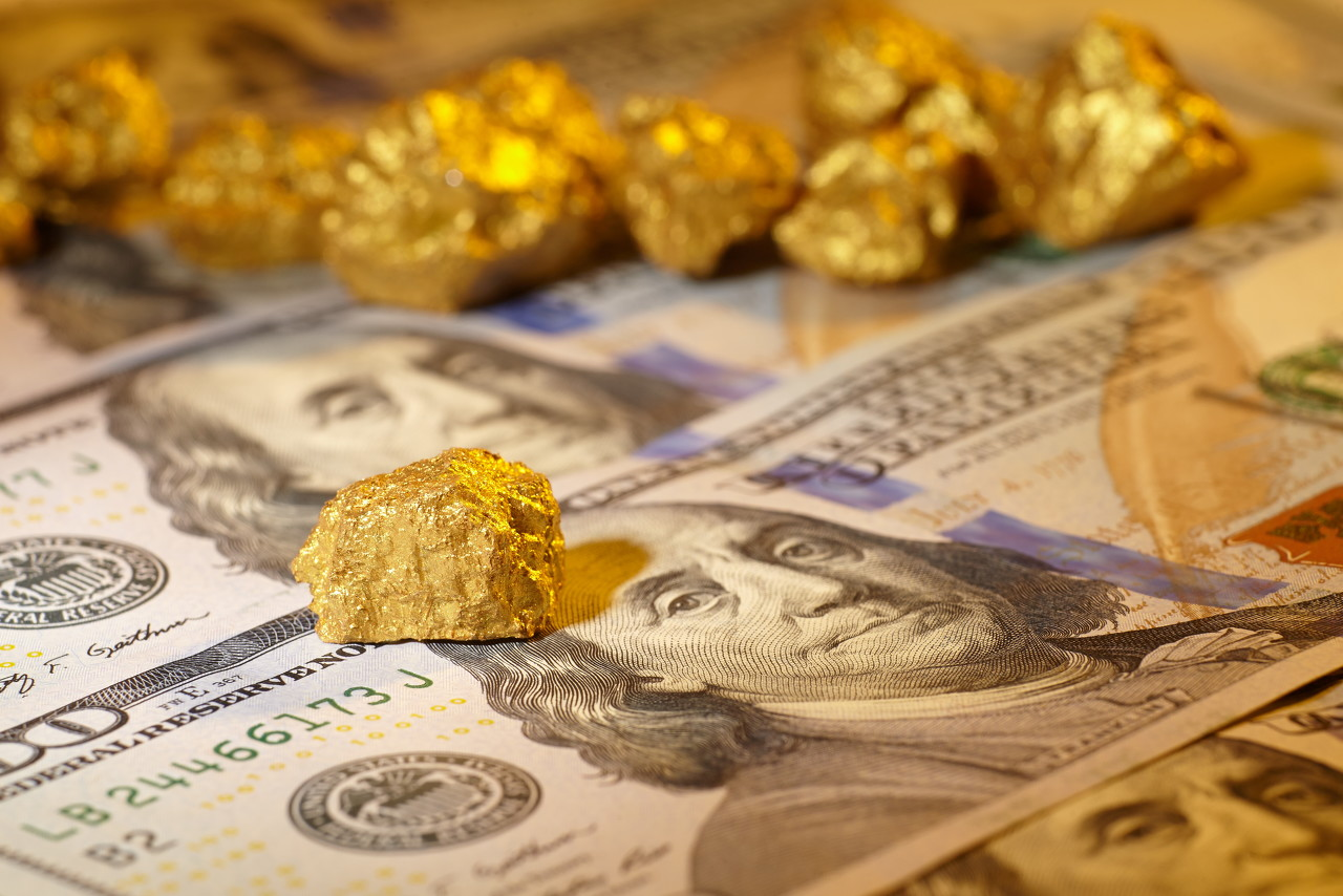 通胀加速回升美元急跌 纸黄金日线连阳行情
