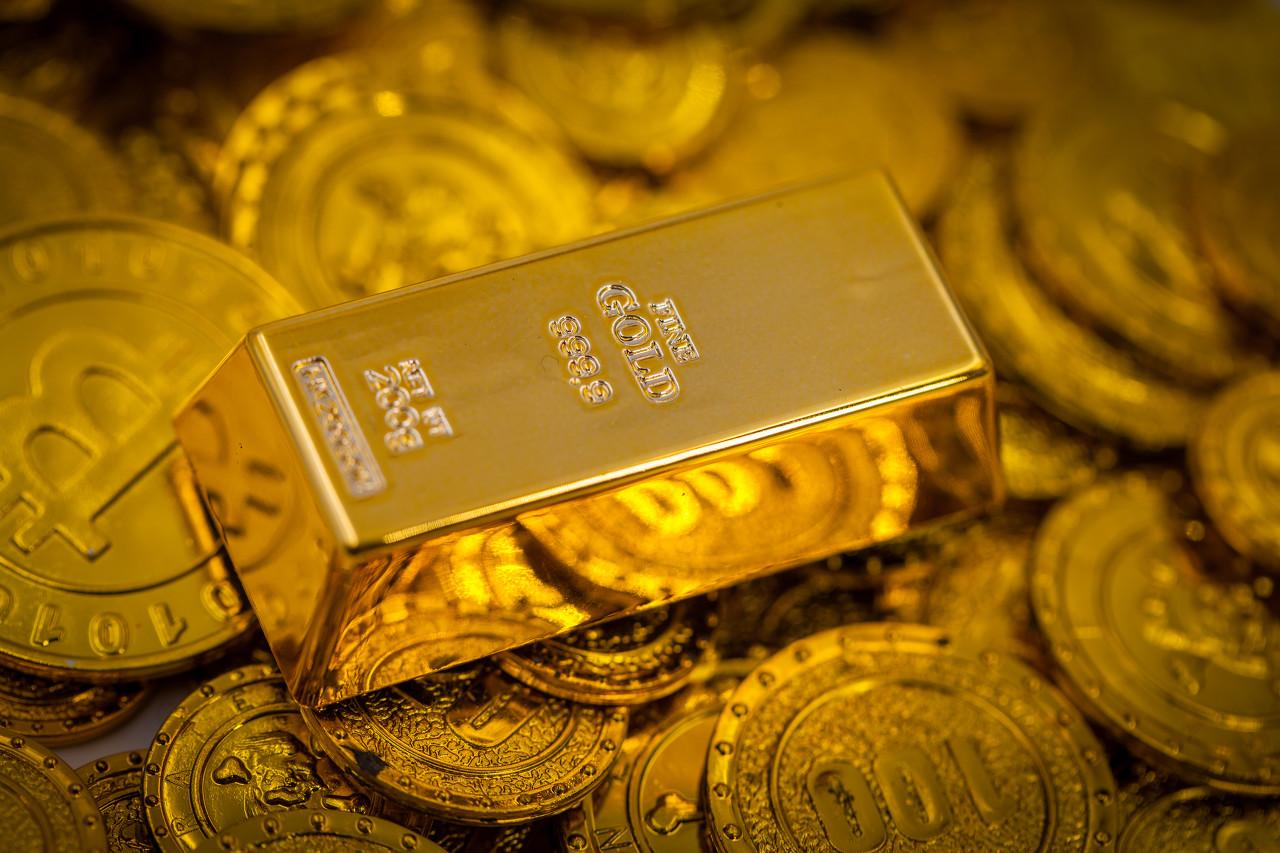 拜登宣布两万亿经济计划 黄金冲至1718