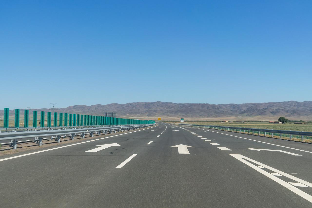 国庆免收高速通行费 预测日均流量约4500万辆