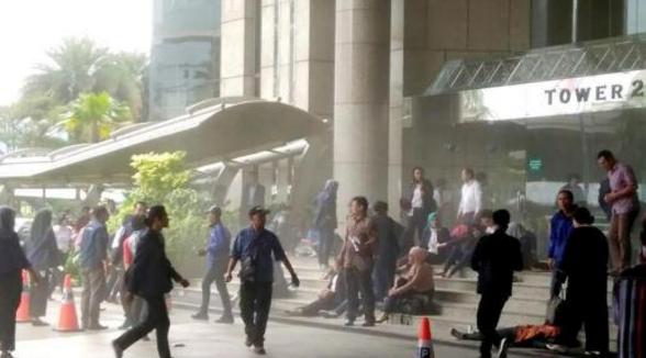 印尼证交所二楼突然坍塌 77人受伤多数是学生