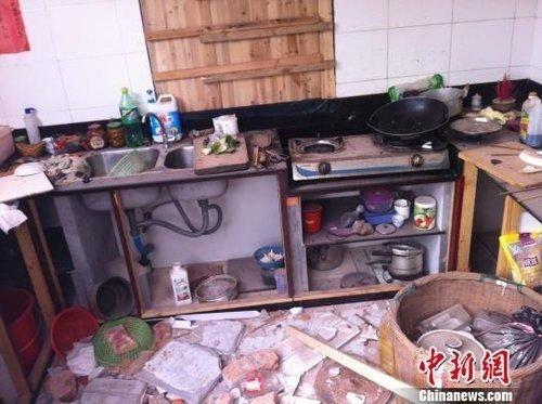 宁波强拆村民民房称系误拆 曾多次半夜砸窗骚扰扬言要强拆