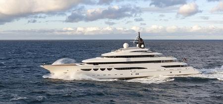 Lürssen 新船 Quattroelle 下水试航