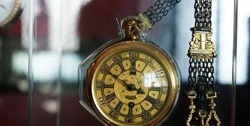诉说历代帝皇与钟表的故事
