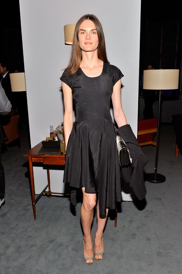 名模名流全新演绎杰尼亚AGNONA ZERO系列女装