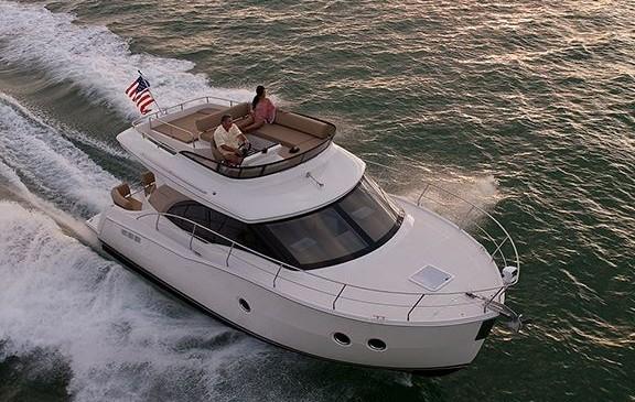 游艇驾照比汽车驾照考取容易